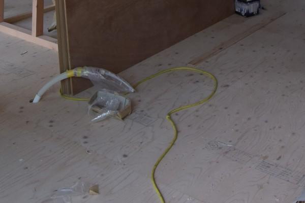 床 捨て張り工法 リフォーム