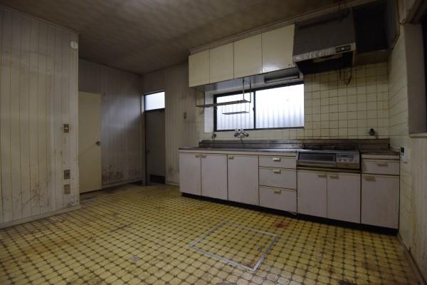 リフォーム 前 キッチン 横浜